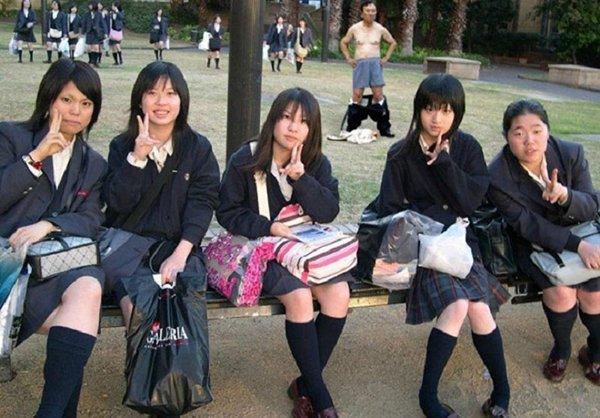 5. Innocent Japanese Schoolgirls.jpg